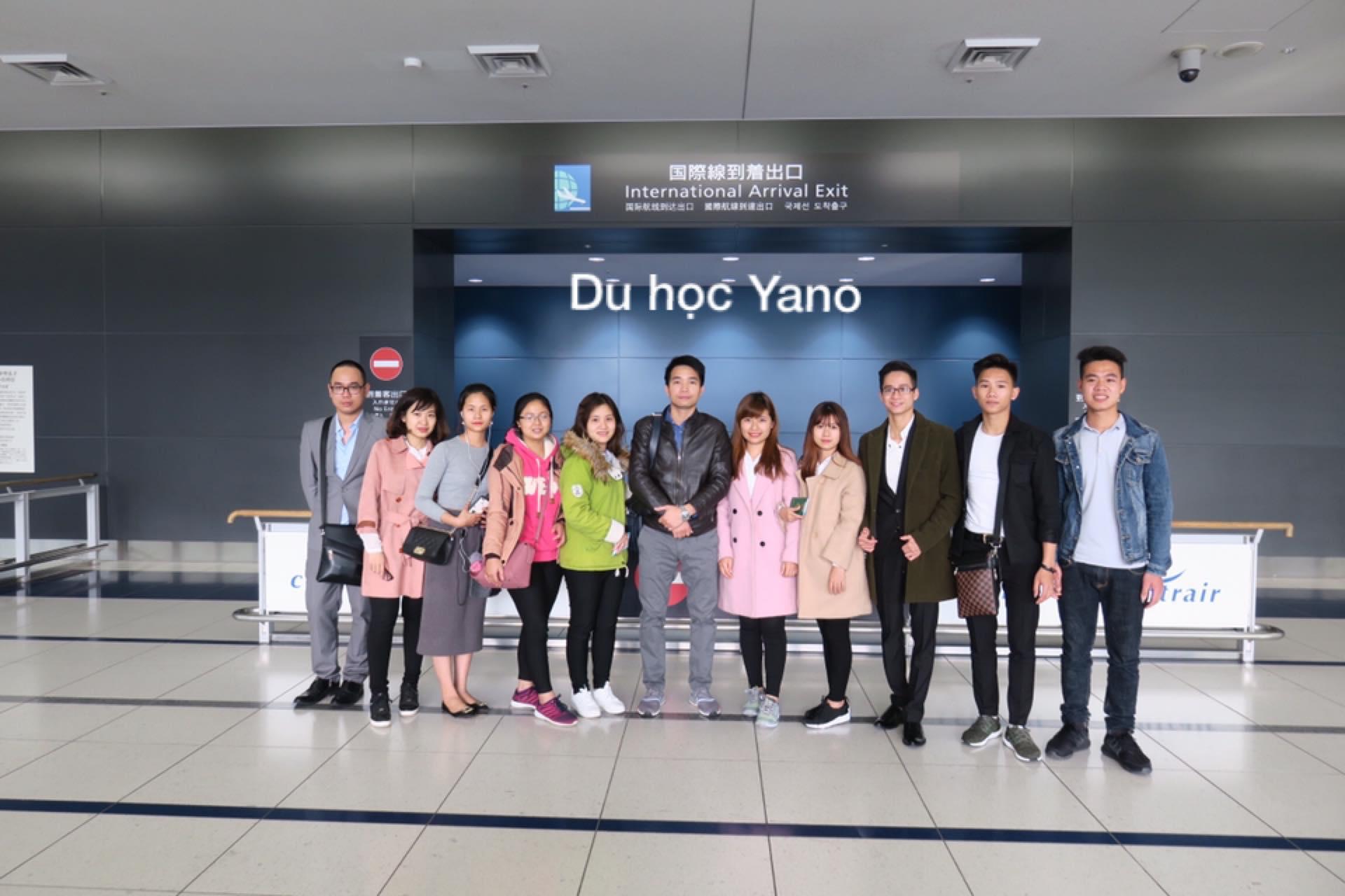 Buổi đón các bạn du học sinh K12 tại sân bay CHUBU JAPAN ngày 25/03/2017